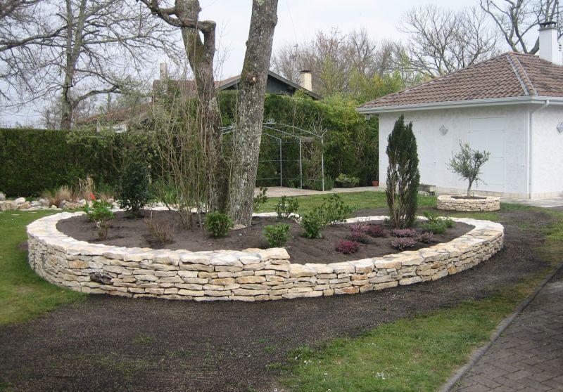 Construction de murs en pierres sèches à Biscarosse - Paysagiste à La Teste de…