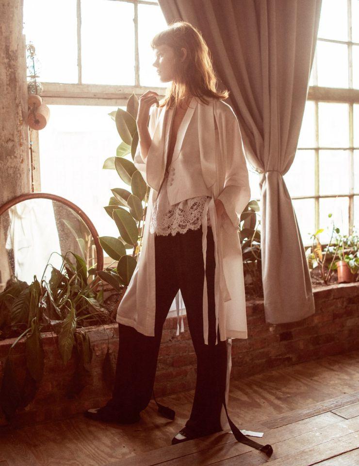 Irina Kravchenko, Steph Smith by Sebastian Kim for Vogue Russia March 2016 11