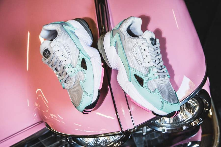 adidas - Falcon W (grey / mint