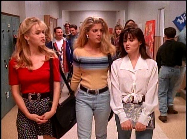 "Why ""Beverly Hills, 90210"" Is The Epitome Of Fashion 