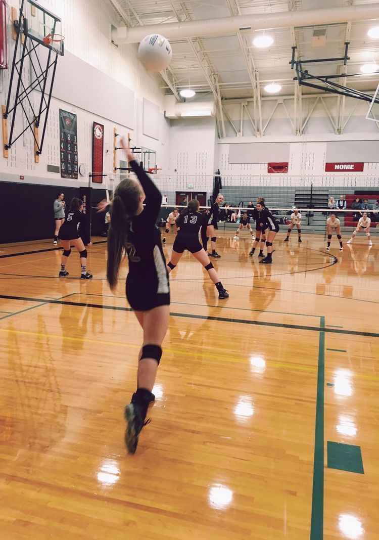 Pin By Ally Revarez On Sports Volleyball Workouts Volleyball Pictures Volleyball Training