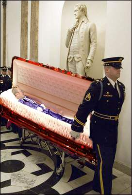 Funeral Ford Casket Jpg 272 215 400 Pixels Gerald Amp Betty