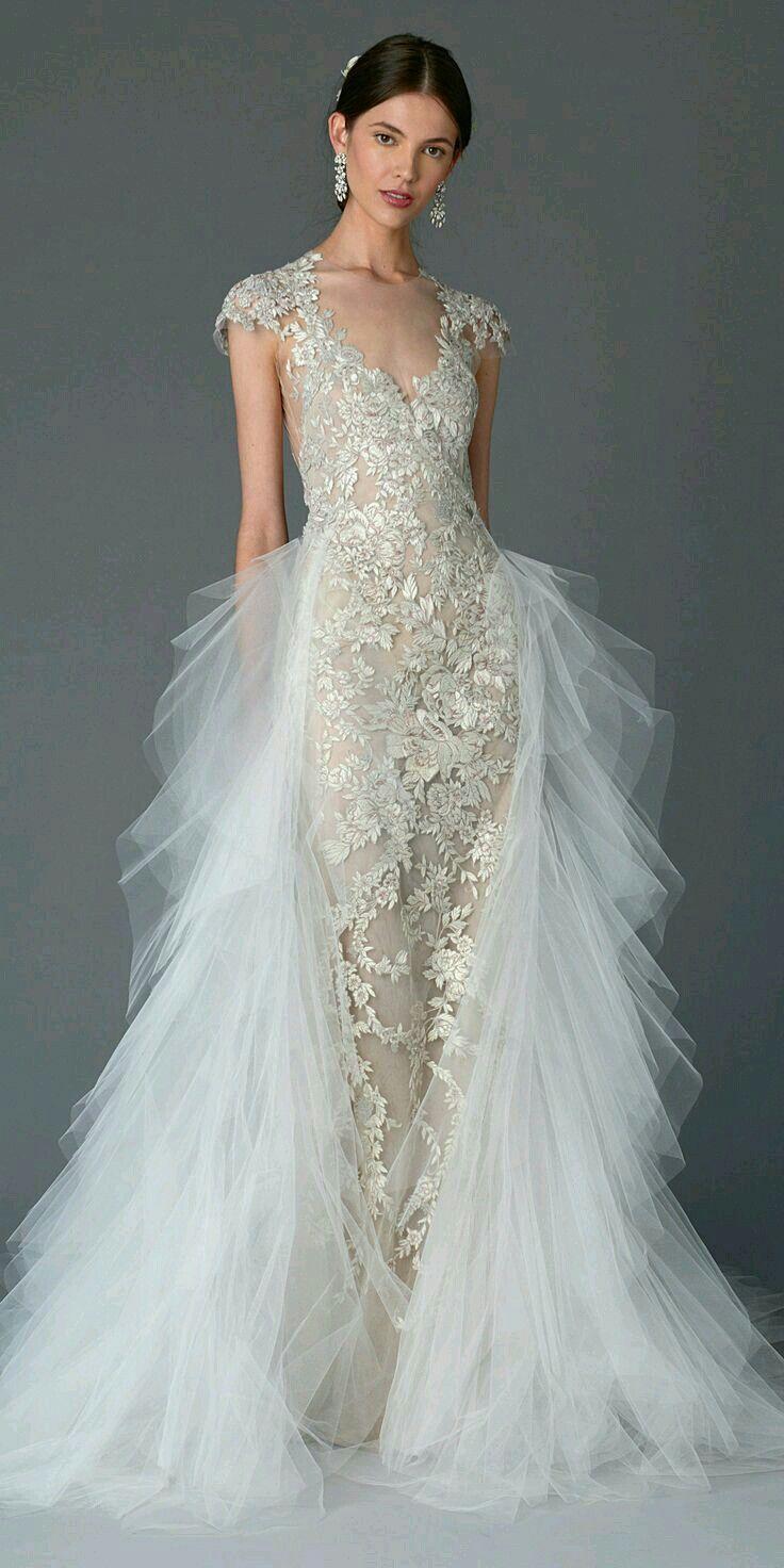 Lace wedding dress open back say yes dress  Adriana Rodriguez Serrudo arodriguezserru on Pinterest