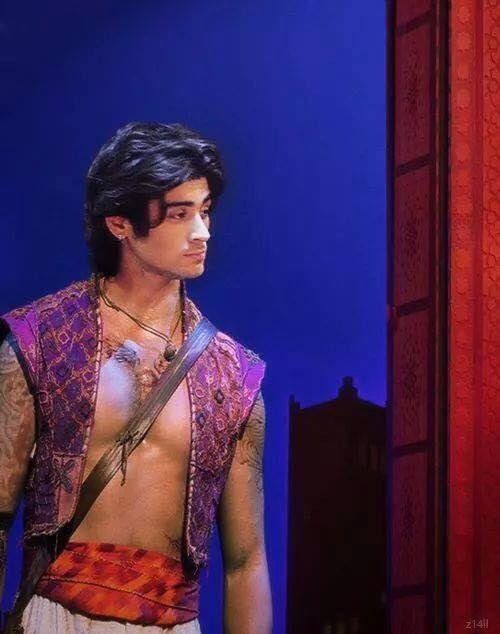 Zayn as Aladdin :)>>>I'm dead
