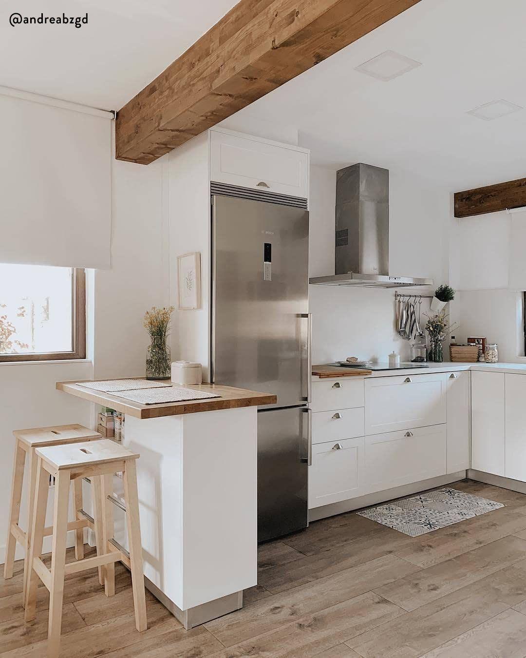 Cucina rustic chic! Il bianco ed il legno sono una