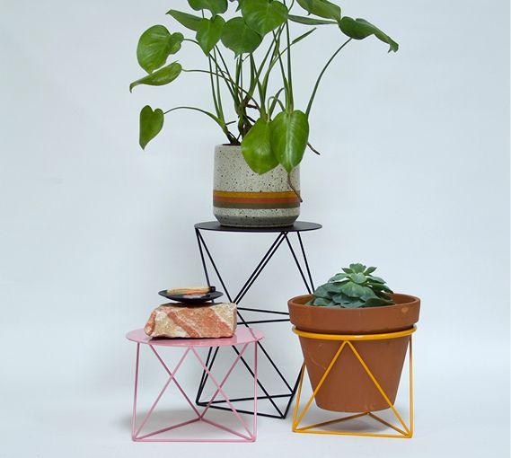 Table Octahedron Pedestal Pot De Fleur Interieur Pot De Fleurs Fleurs Interieur