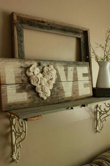Beautiful wooden sign with felt rose buds