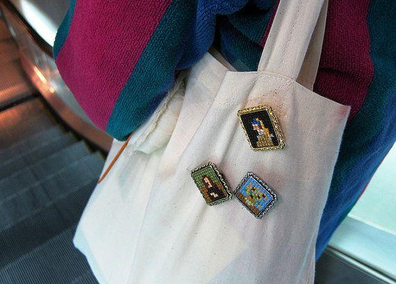 Cross Stitch photo broche Art bijoux par THEMINTHOUSE sur Etsy