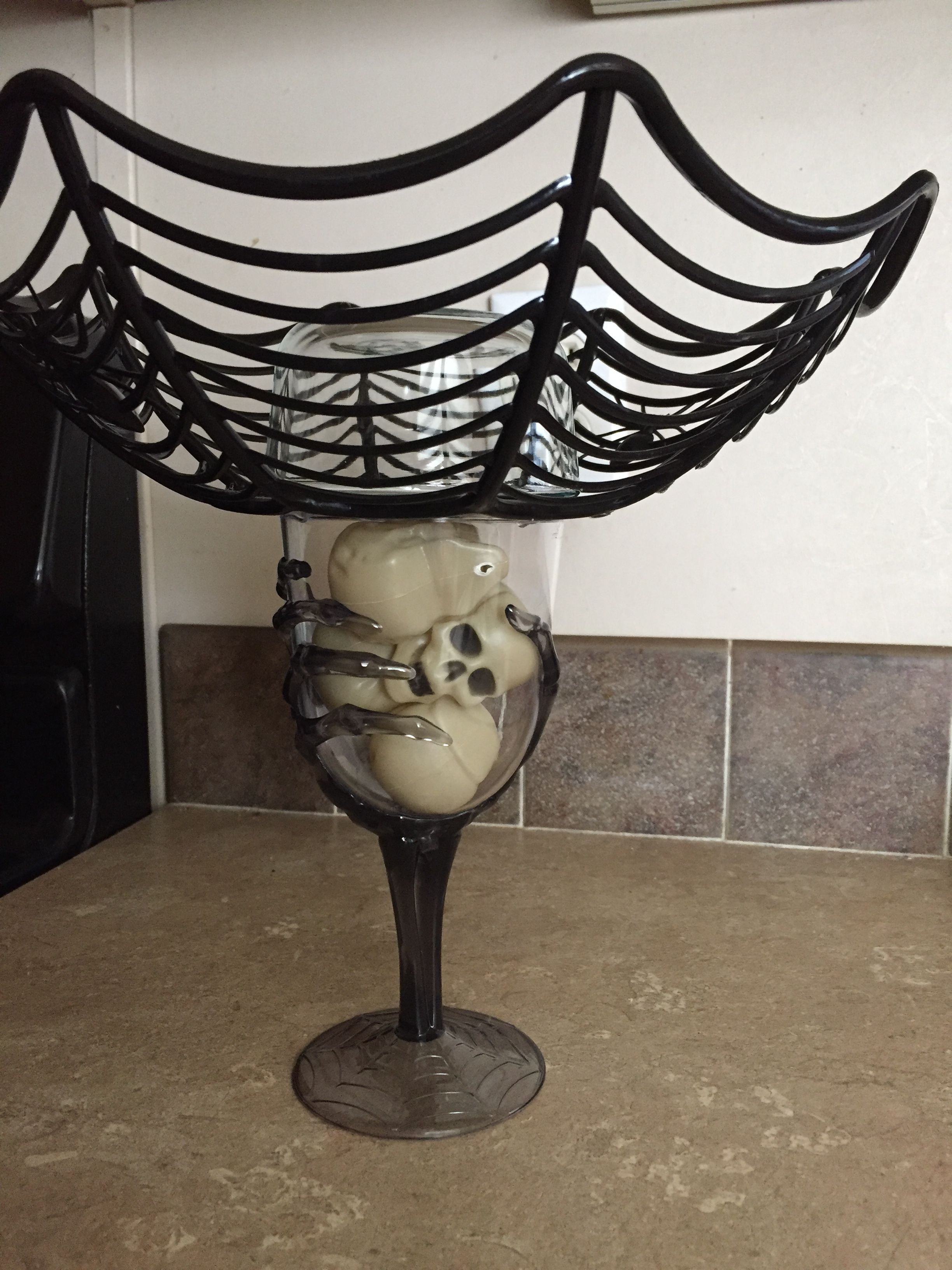 I made this using just a few Halloween items found at my