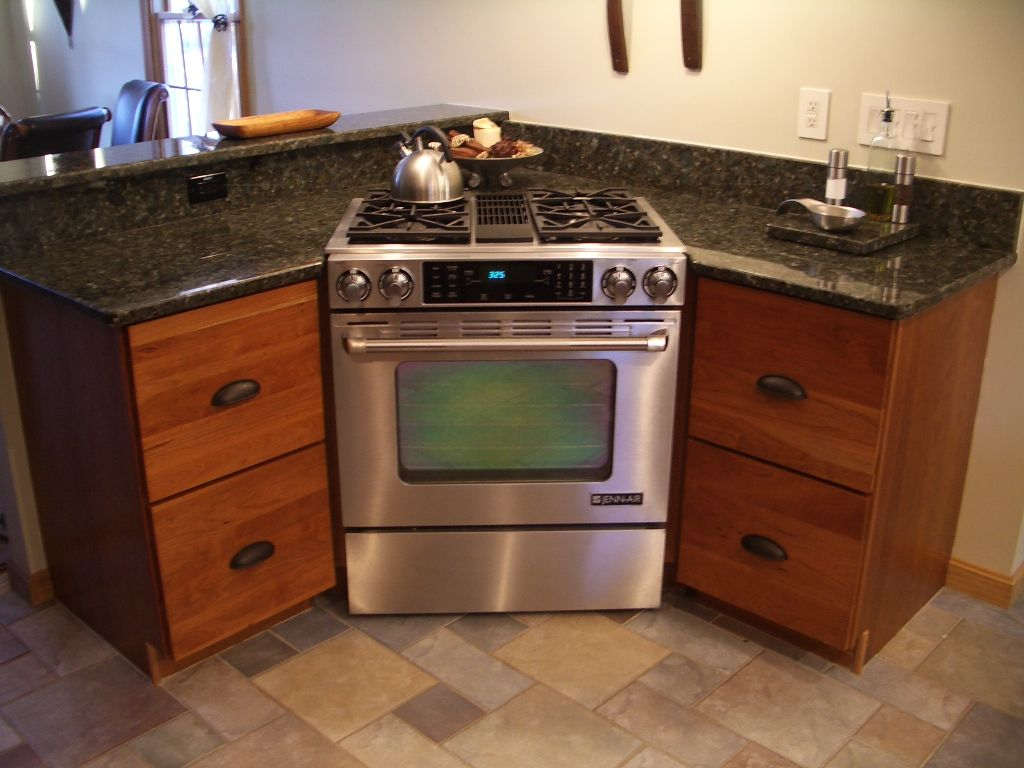 Cherry Cabinets, Kitchen Cabinets, Stainless Steel Range, Stove, Corner  Stove, Gas Stove, Two Drawer Base, Bin Pulls, Oil Rubber Bronze, Cabinet  Pulls, ...