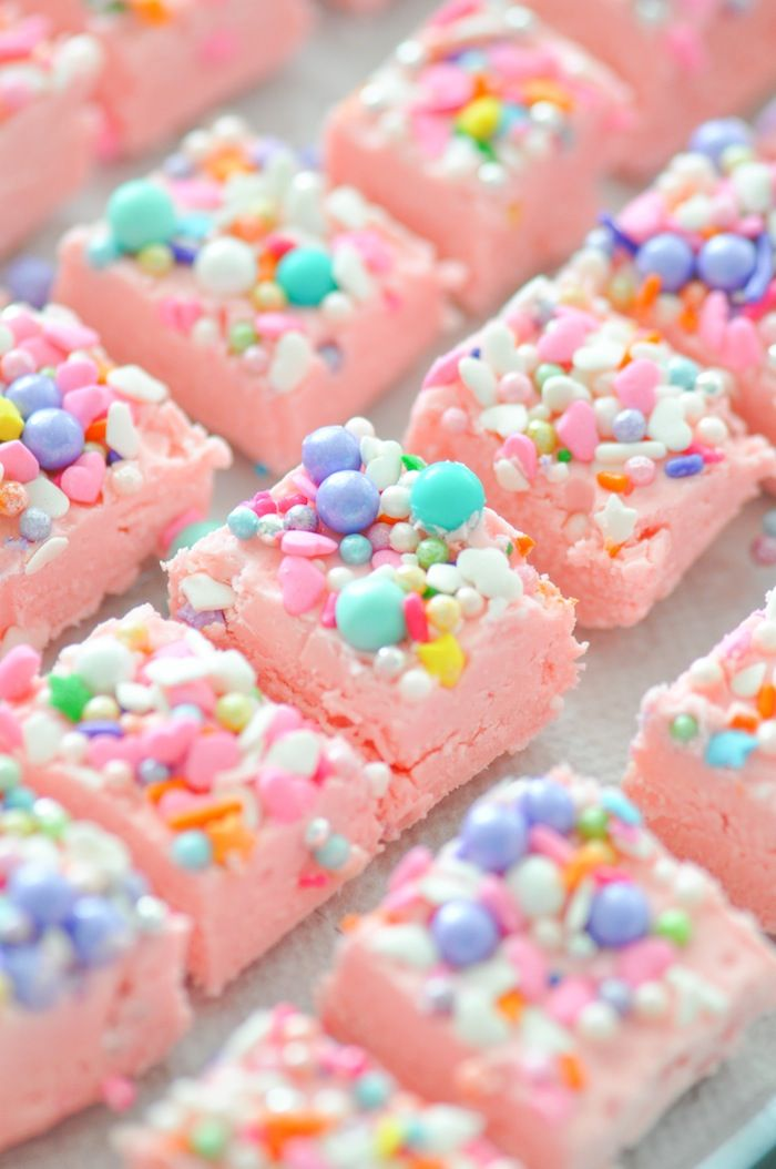 Easy Two Ingredient Unicorn Fudge Recipe | Kara's Party Ideas