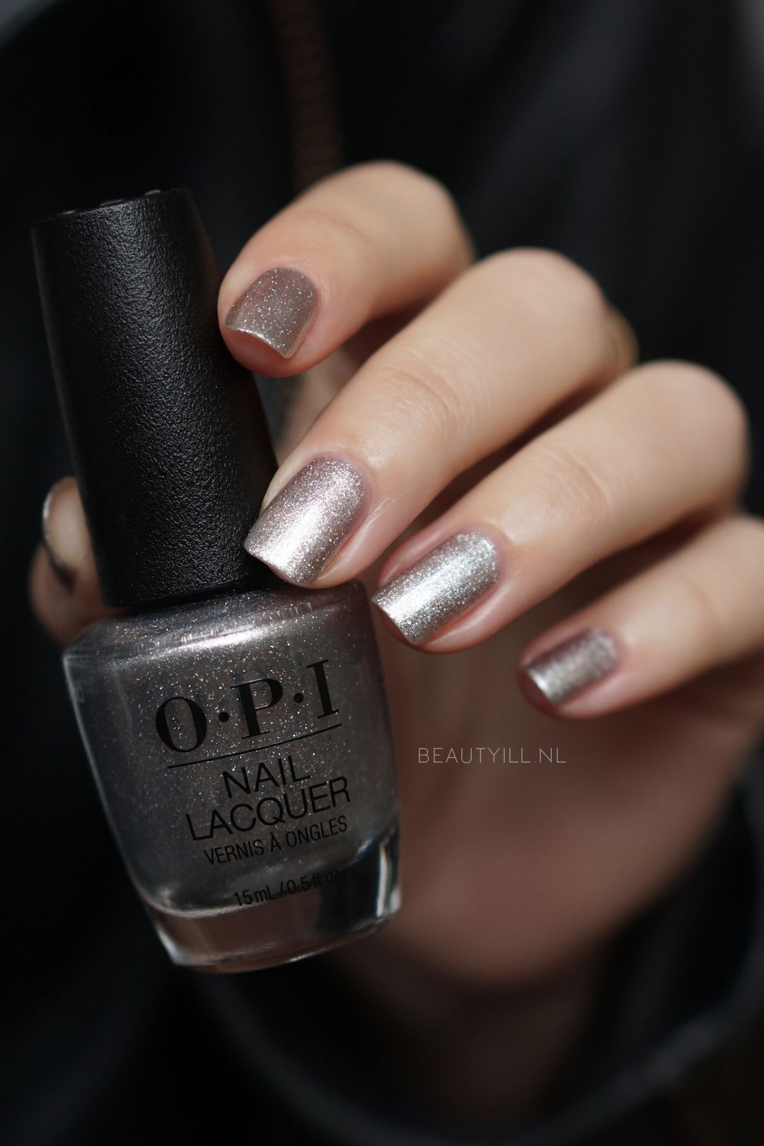 Swatches Love OPI XOXO Christmas 2017 | My Style (Hair/Clothes ...