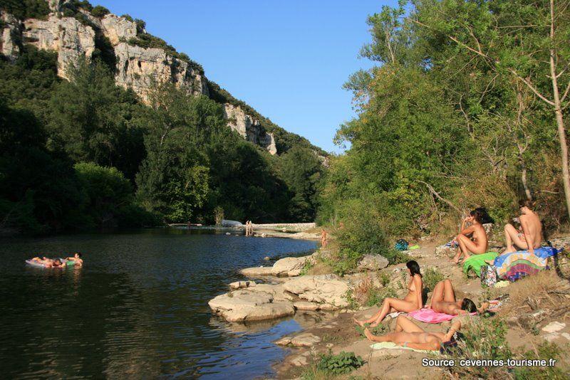 Rivi re camping naturiste la gen se mejannes le clap c vennes tourisme camping pour toute - Office du tourisme barjac ...