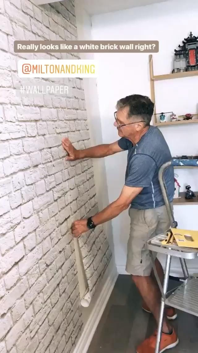 Easy to Install - Realistic Brick Wallpaper 🧱