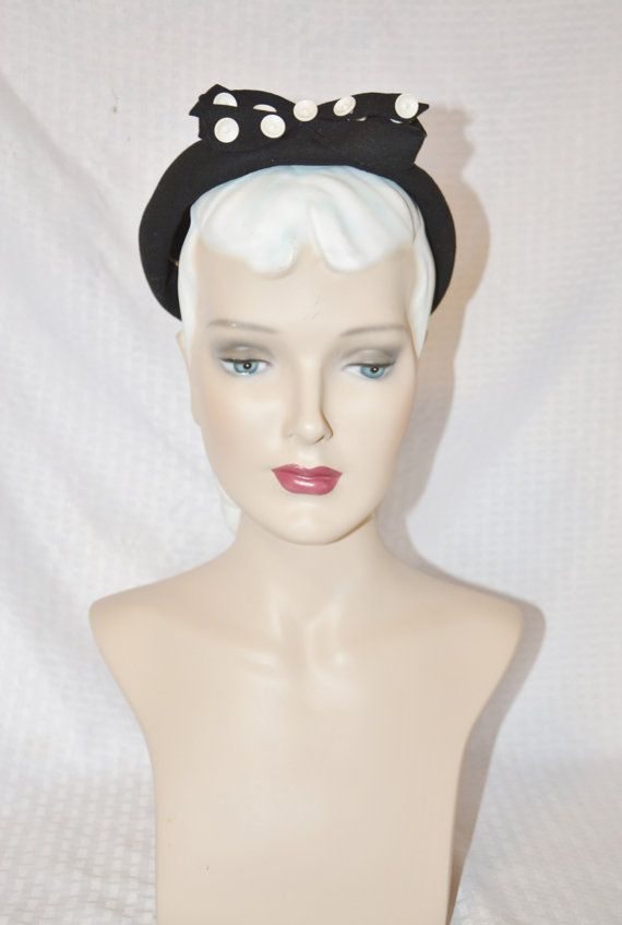 40s 50s Vintage Black Hat with Button & Bow Trim