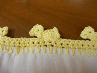I would like to put this duck crochet on the edge of some  vintage pillowcases.