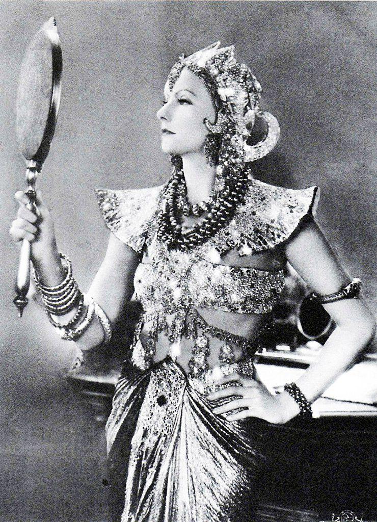 """Greta Garbo in """"Mata Hari"""" 1931."""