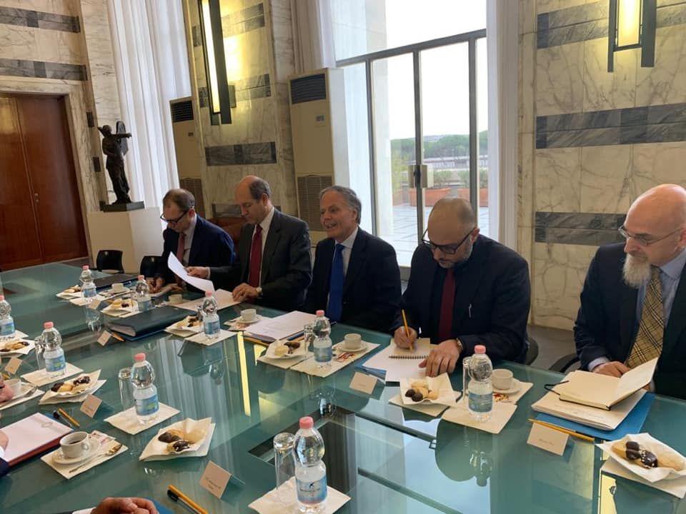 معيتيق يطالب وزير الخارجية الإيطالي بإعادة افتتاح القنصلية الإيطالية في بنغازي Home Decor Table Settings Decor