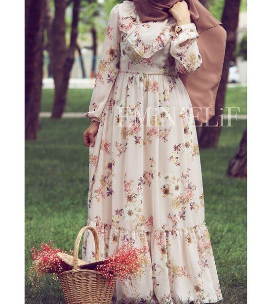 Genç Kadınlar İçin Tesettür Elbise Modelleri