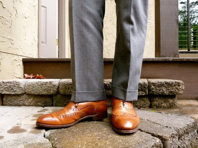 24969c26 Outfit Ideas For Men: What To Wear With Grey Pants   Groomsmen ideas ...