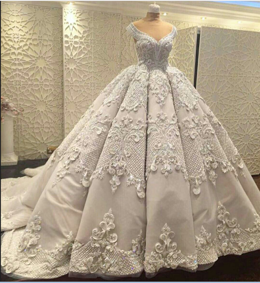 Gorgeous wedding ball gown prom dresseselegant prom gowns applique