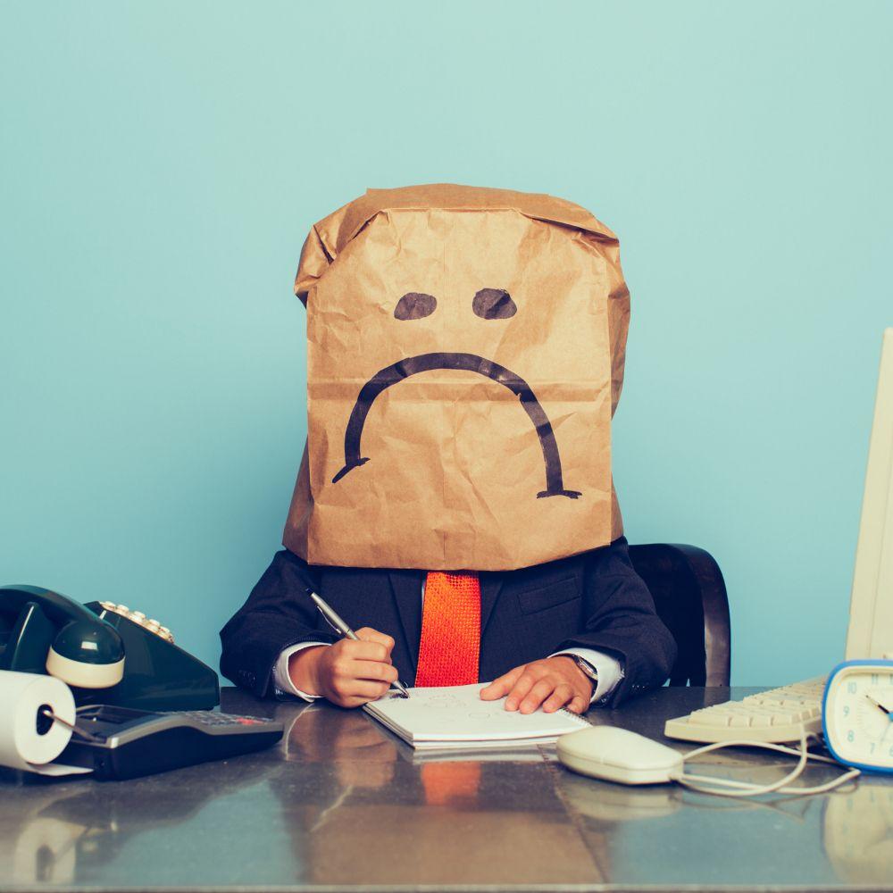 7 Formas de ser mais feliz no local de trabalho | eHow Brasil #trabalho #carreira #emprego