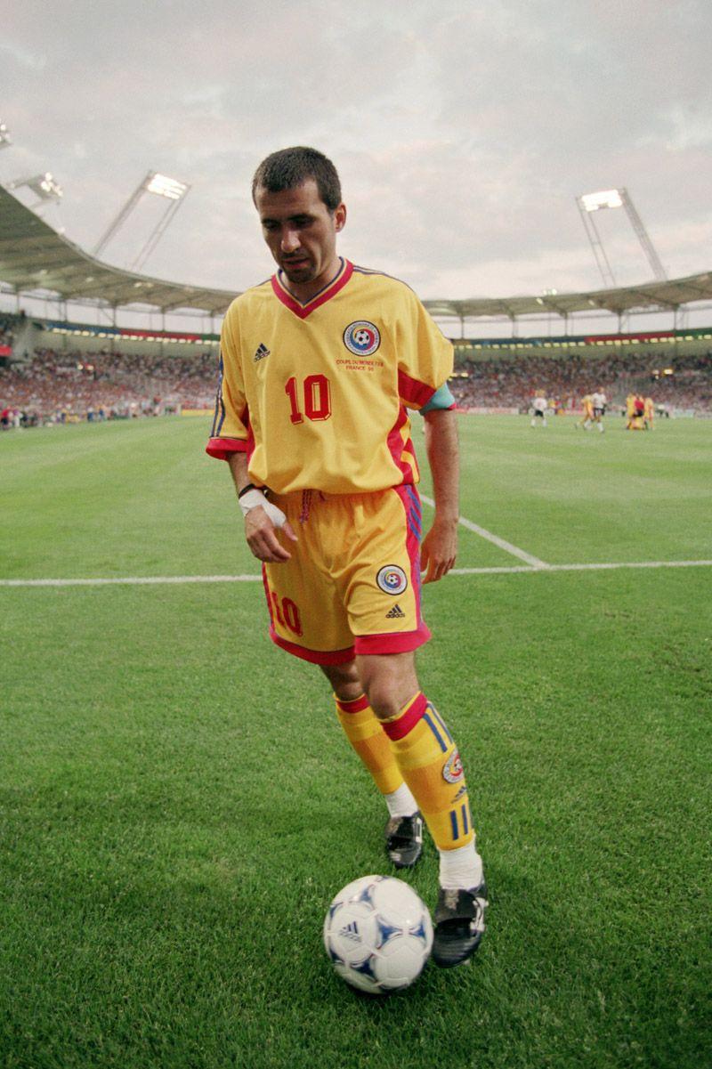 b38e5ed0af George Hagi (Mundial Francia 1998) Futebol Mundial