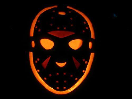 Halloween Movie Pumpkin Stencil.21 The Most Creative Movie Inspired Pumpkin Carvings Shelterness