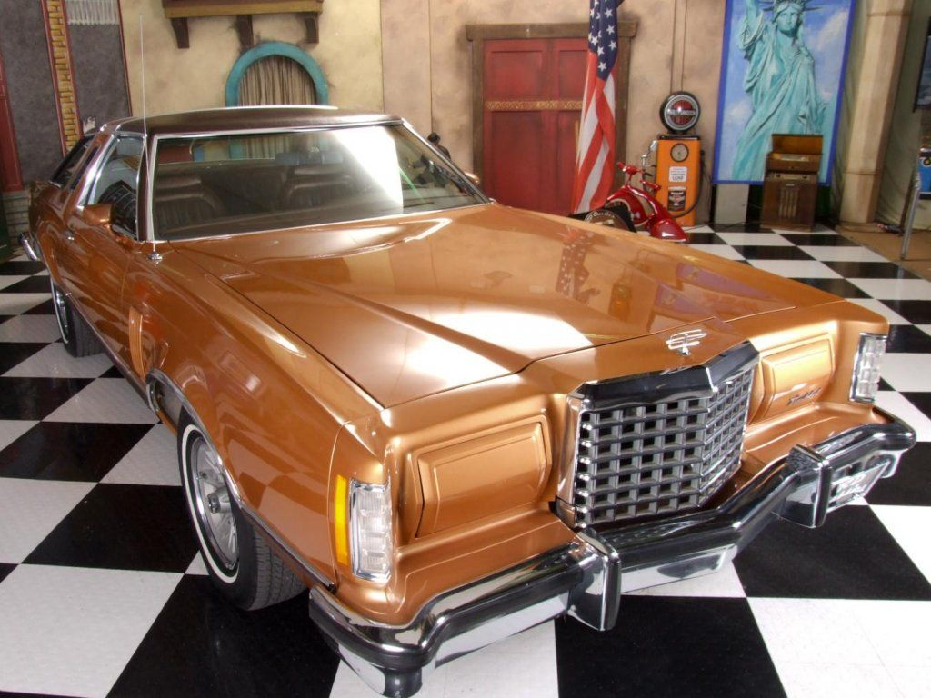 1977 Thunderbird My First Car Was Identical Quadrosonic 8 Track And Power Windows Love To Have Another One Ford Thunderbird Thunderbird Ford Lincoln Mercury