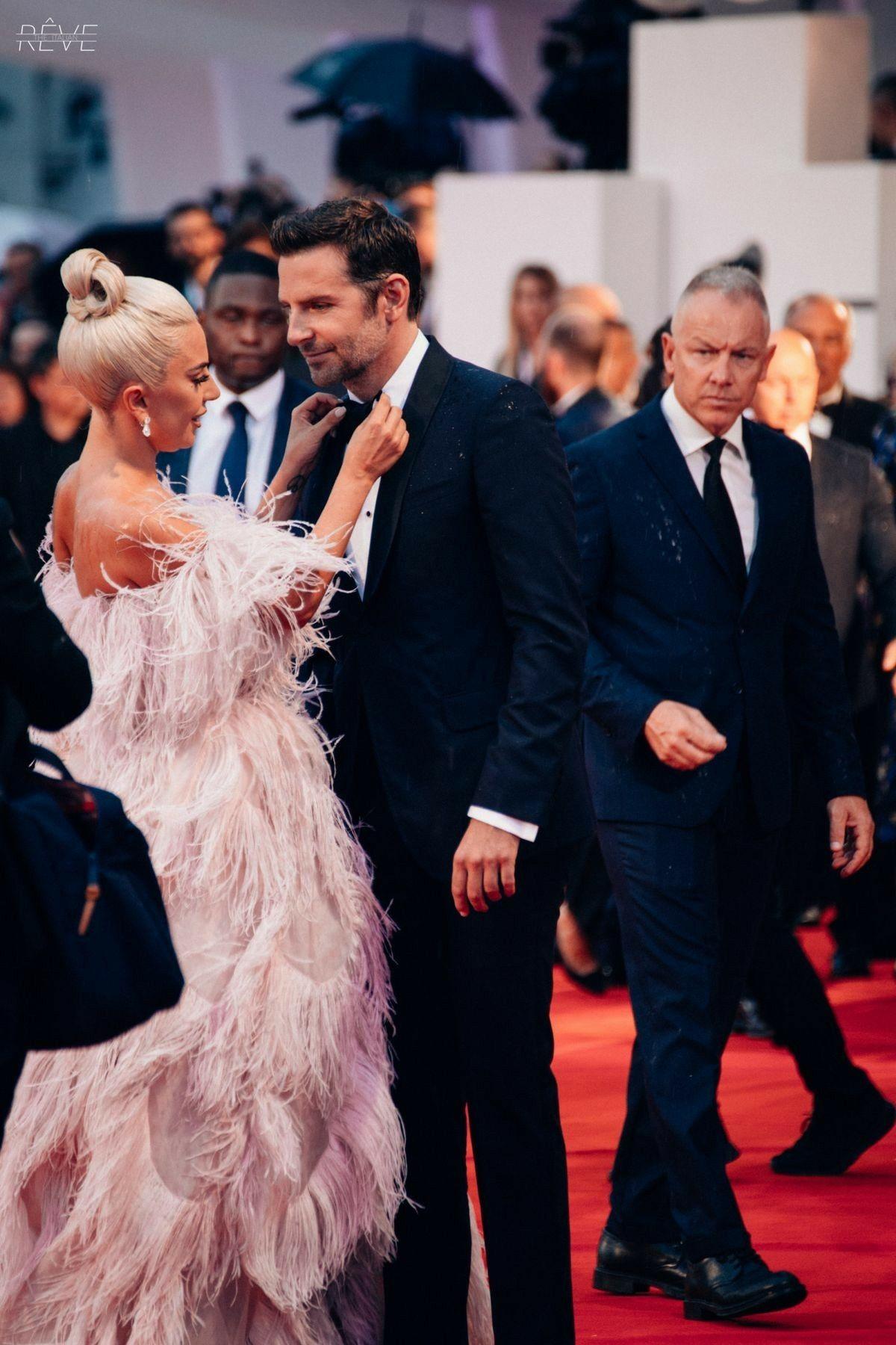 Lady Gaga And Bradley Cooper Lady Gaga Celebrities Lady