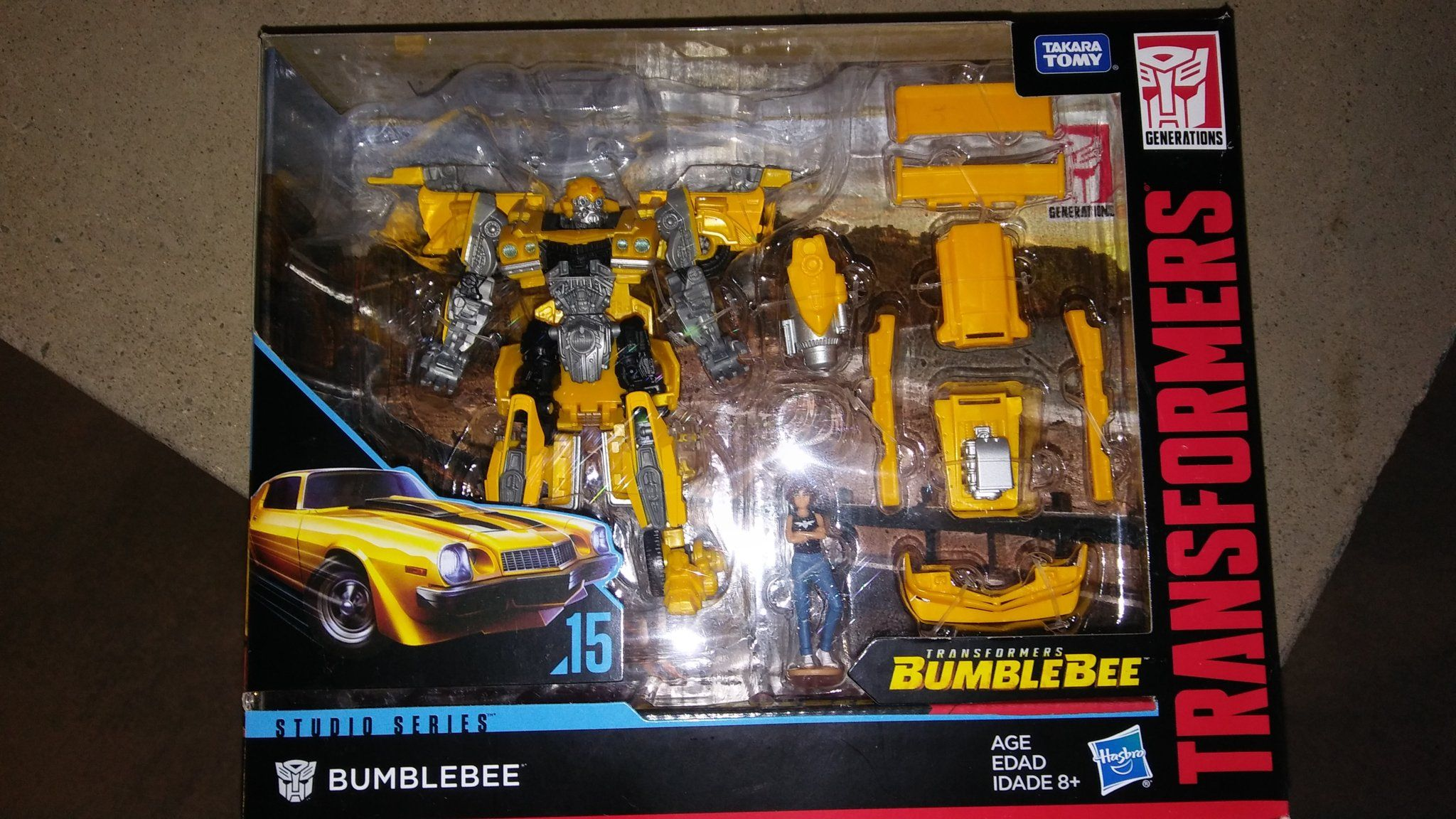 Deluxe Bumblebee with Charlie