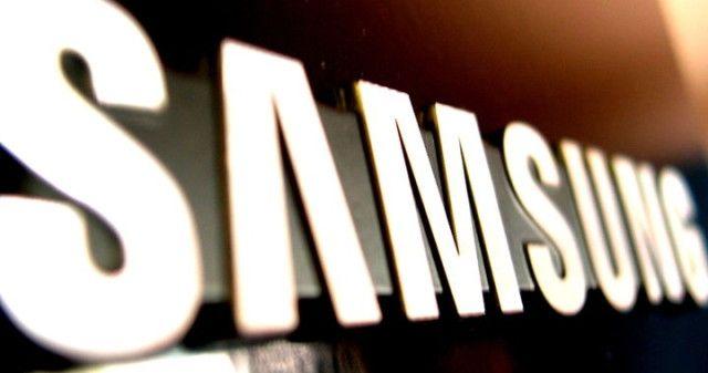 """A Samsung confirmou na tarde desta segunda-feira (10) a suspensão imediata das vendas e das trocas do Galaxy Note 7 em todo o mundo após novos relatos de incêndios em alguns aparelhos distribuídos para substituir modelos que já tinham sofrido o mesmo problema.  //  """"A empresa vai pedir a todo"""