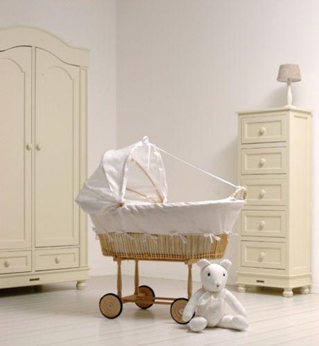 Berceau bebe theophile patachou · idée chambre bébéchambre bébé filledeco