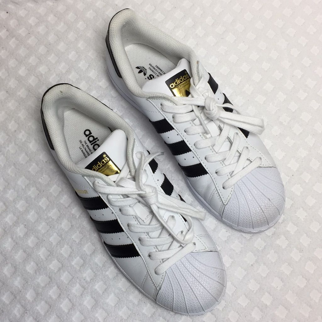 adidas superstar black and white size 8.5