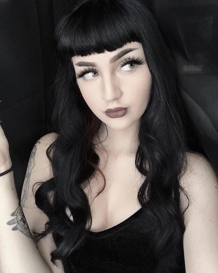 Curlybangs In 2020 Goth Hair Curly Hair Styles Naturally Curly Wigs