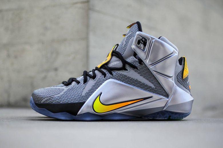 reputable site af879 c06c4 Nike LeBron 12
