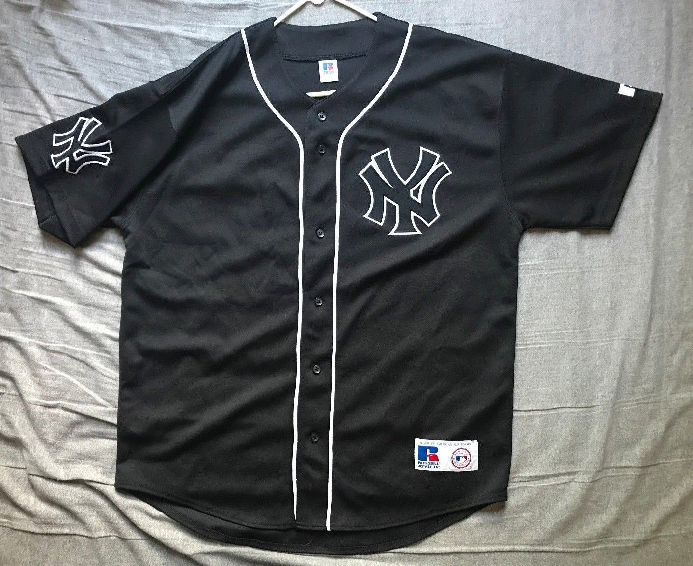 b986d6dec6a Men's Russell Athletic MLB New York Yankees black jersey size XL ...