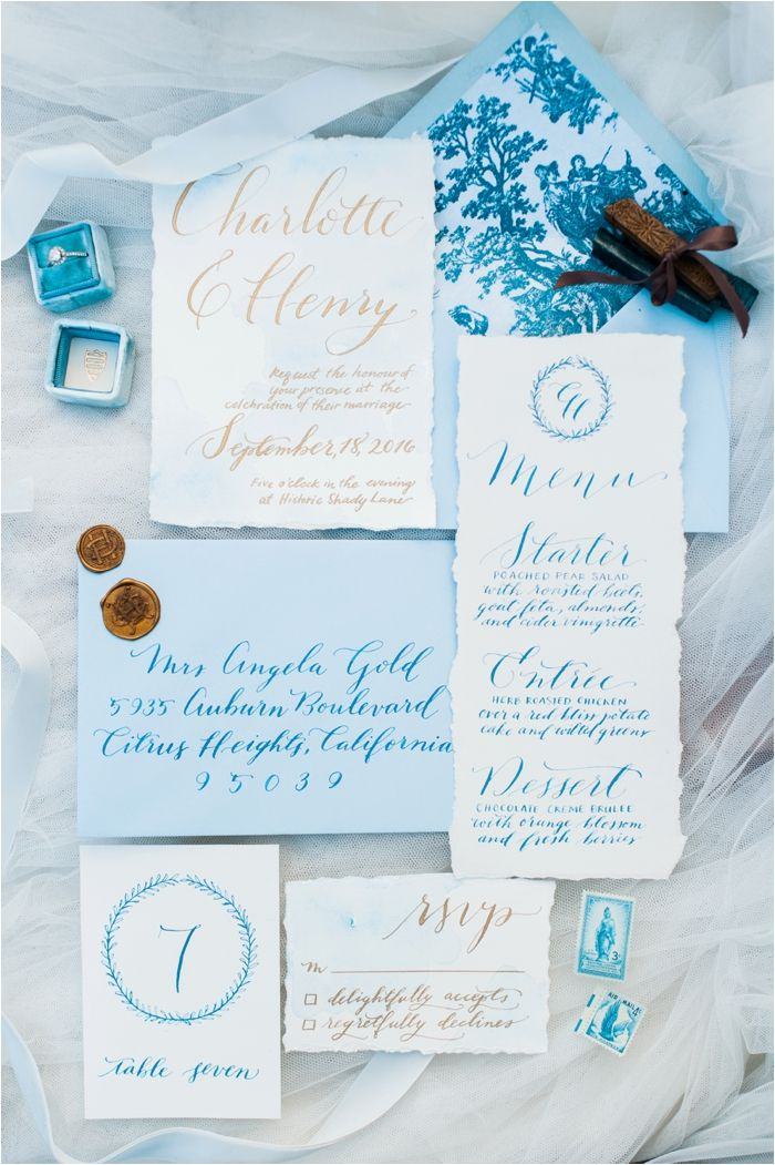 Modern Cinderella Wedding Inspiration by Hillary Muelleck Photography // hillarymuelleck.com