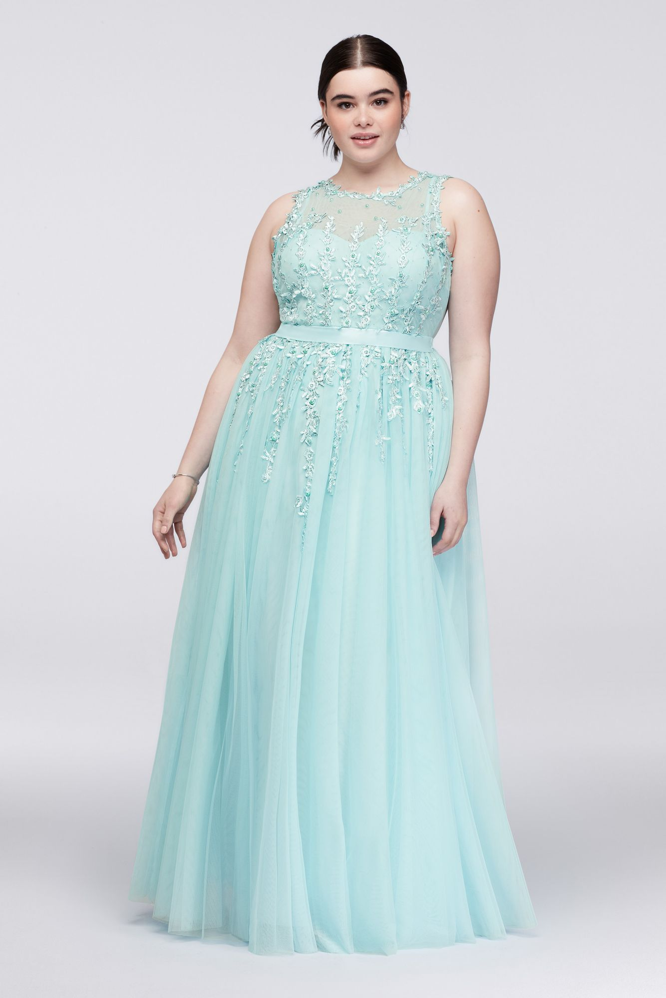 Plus Size Floor Length Halter Neck Keyhole Neckline Prom Gown 57061W ...