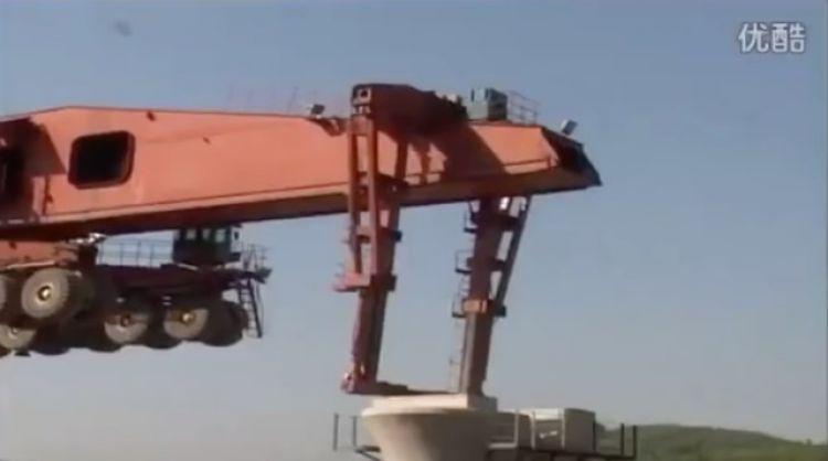 Video: SLJ900/32 Bridge Girder Erection Monster Machine