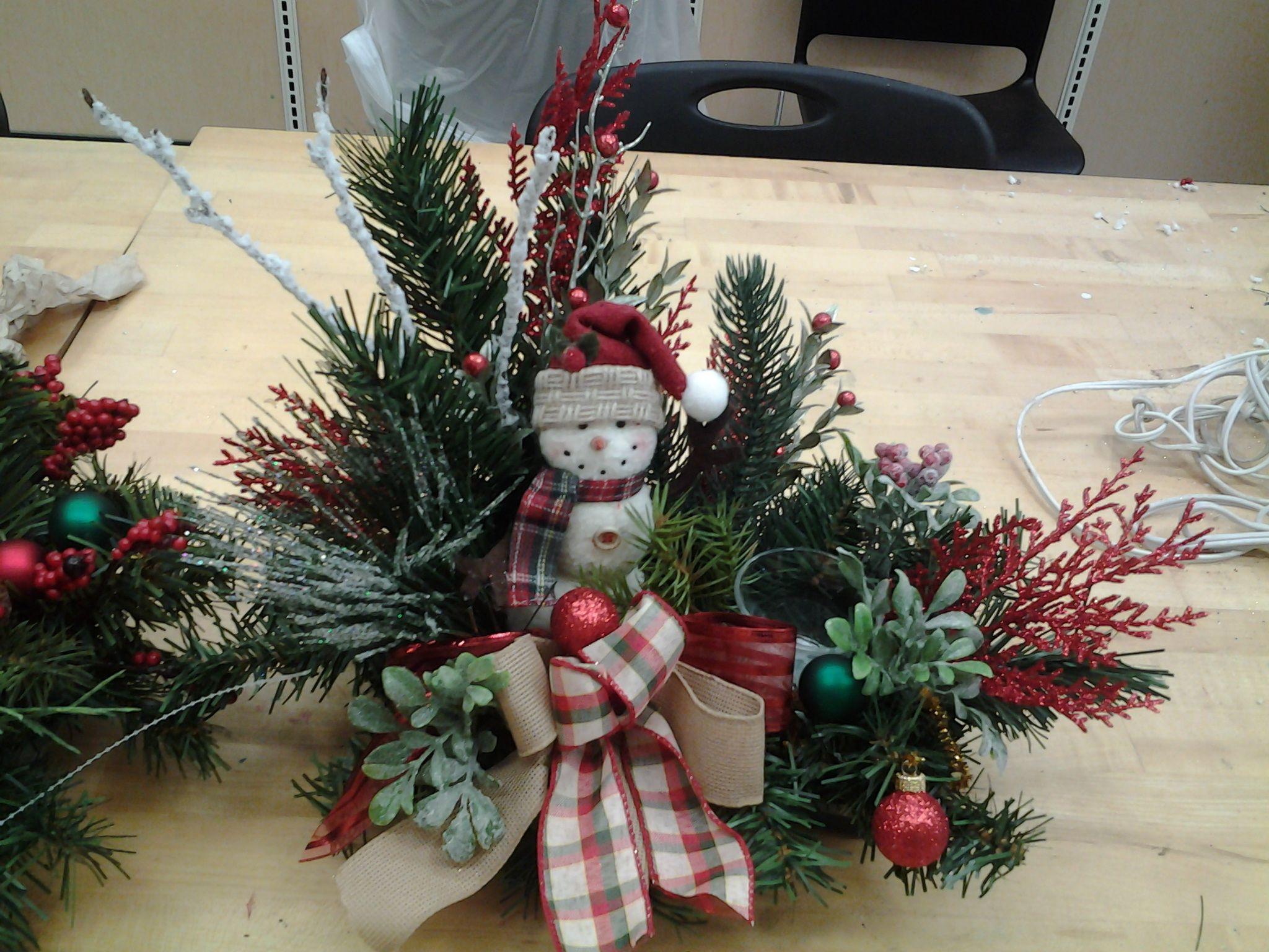 Snowman Tabletopcindy 2717 Christmas Floral Arrangementschristmas Centerpiecesfloral