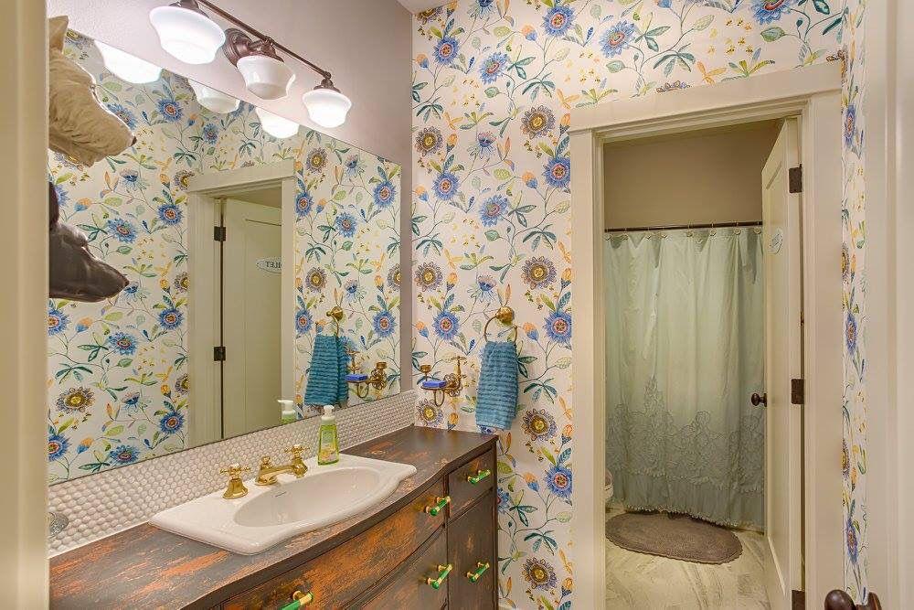 2587 square foot Cross Water floor plan. 4 bedrooms, 3 bathroom, 3 car garage.