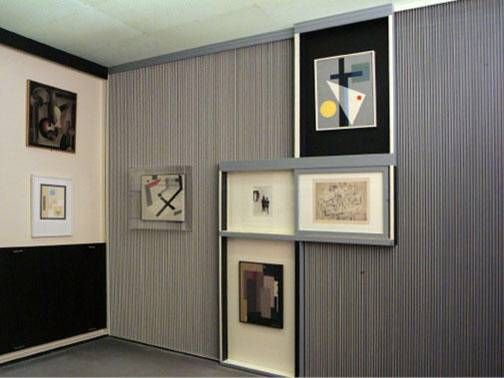 Alexander Dorner et El Lissitzky, Kabinett der Abstrakten, Hanovre, Sprengel Museum, 1928.