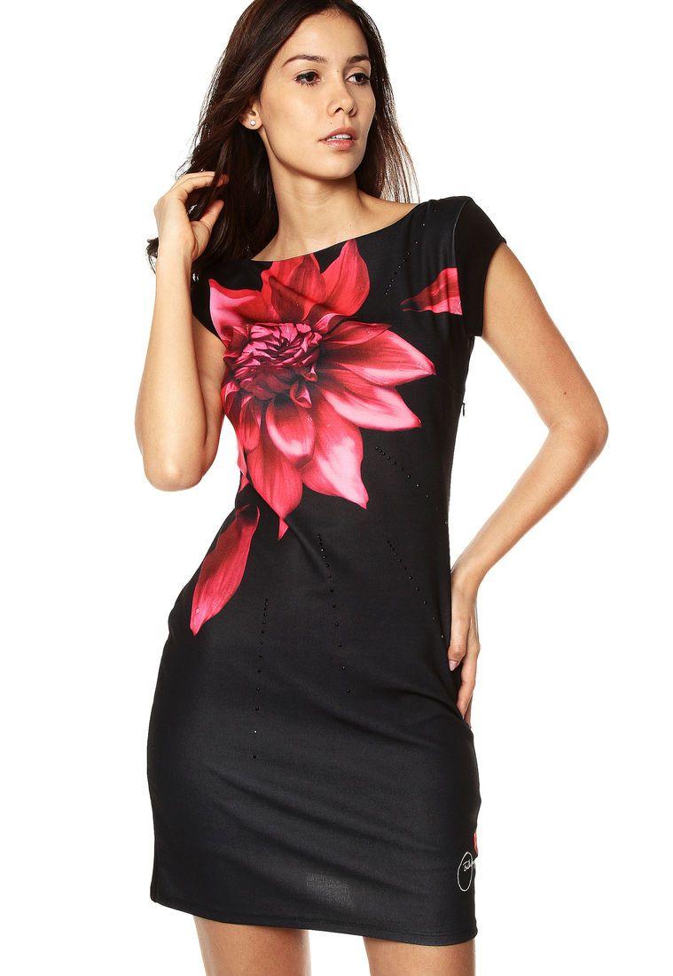 1a3e0b82f5a Vestido Negro Desigual - Compra Ahora