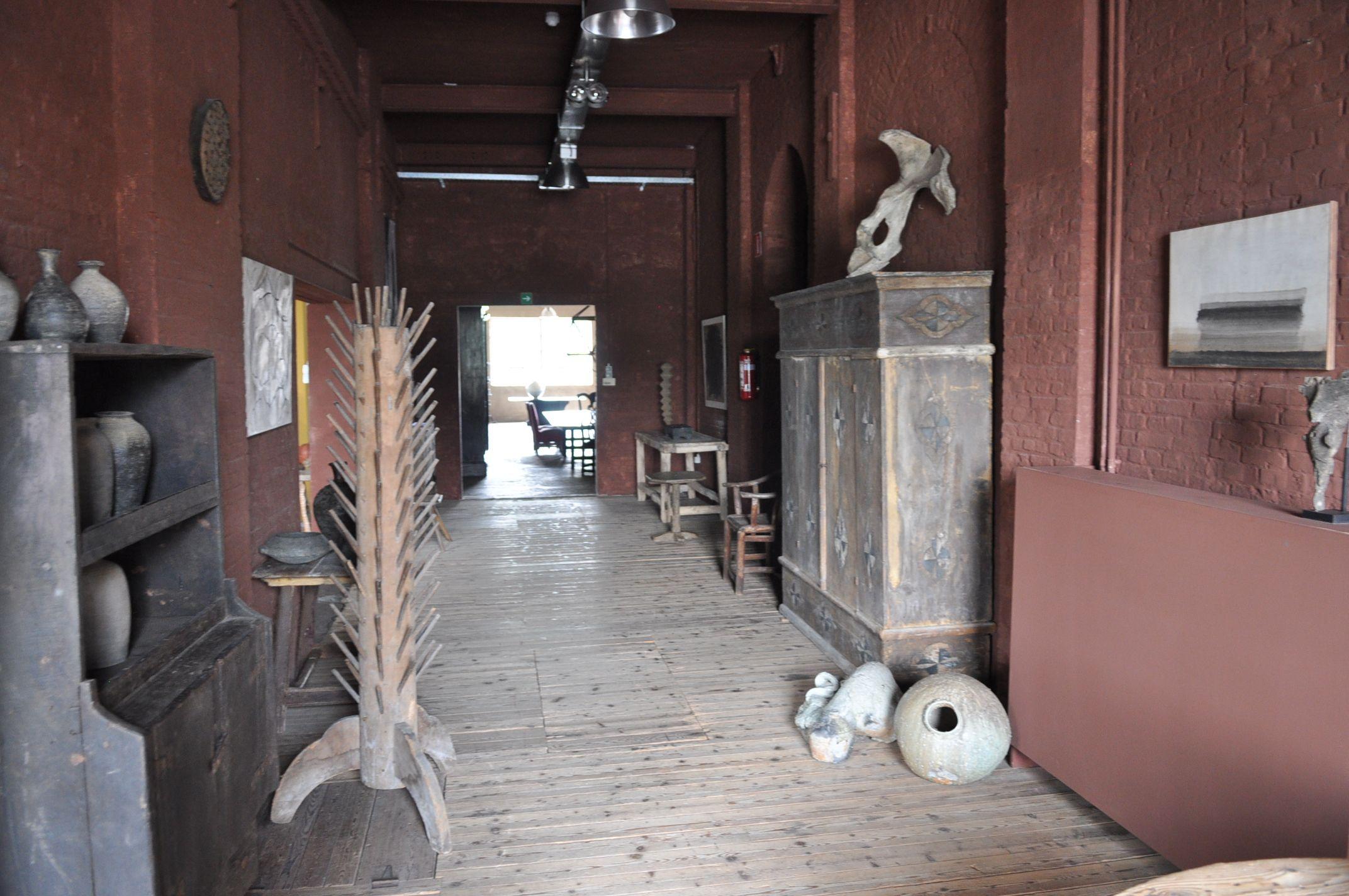 Pearl Restaurant interior belga Axel Vervoordt (belga Axel Vervoordt)