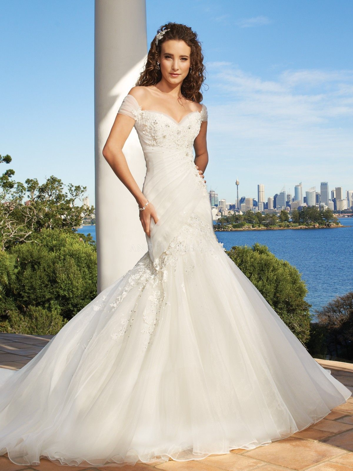 Off the shoulder tulle mermaid floor length wedding gowns with