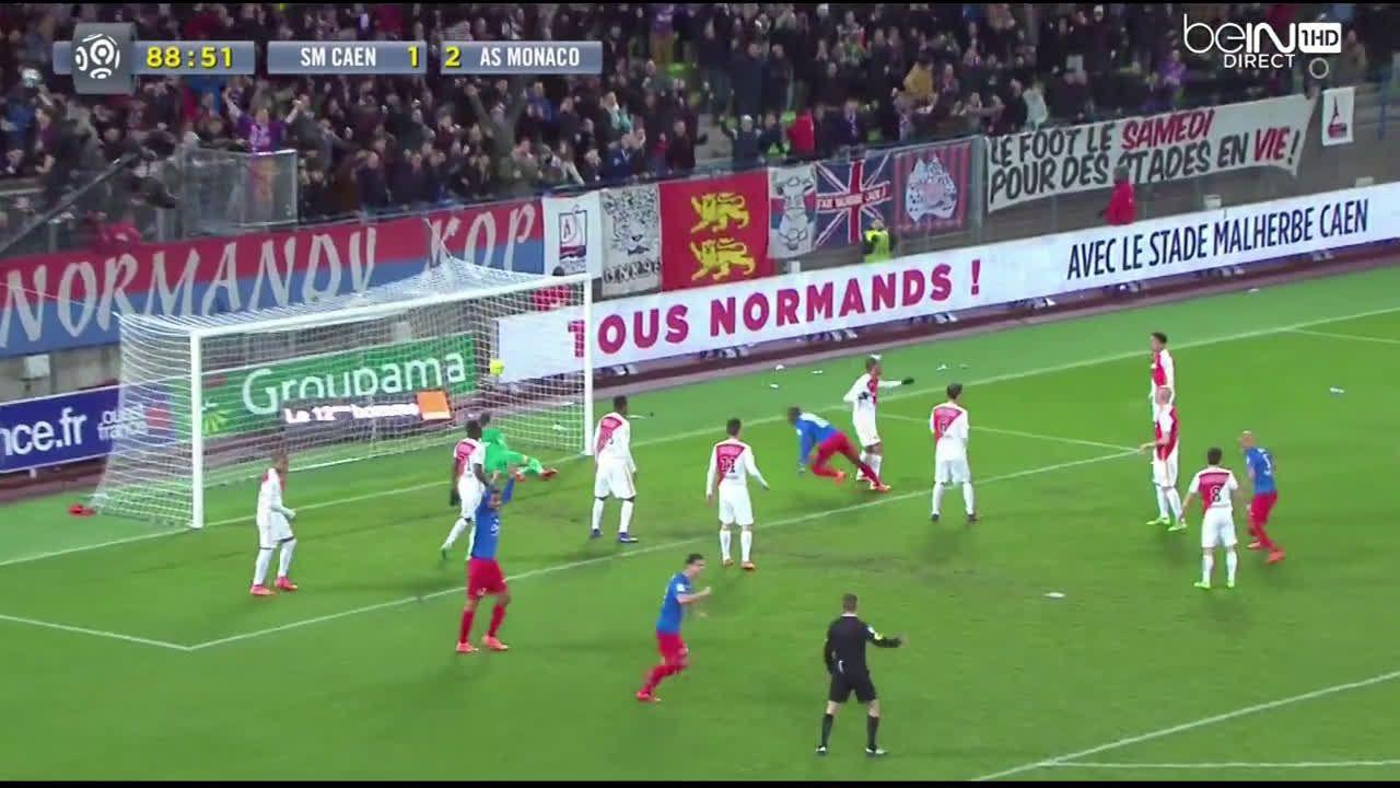 Kouakou (Caen) acrobatic goal vs Monaco (22)