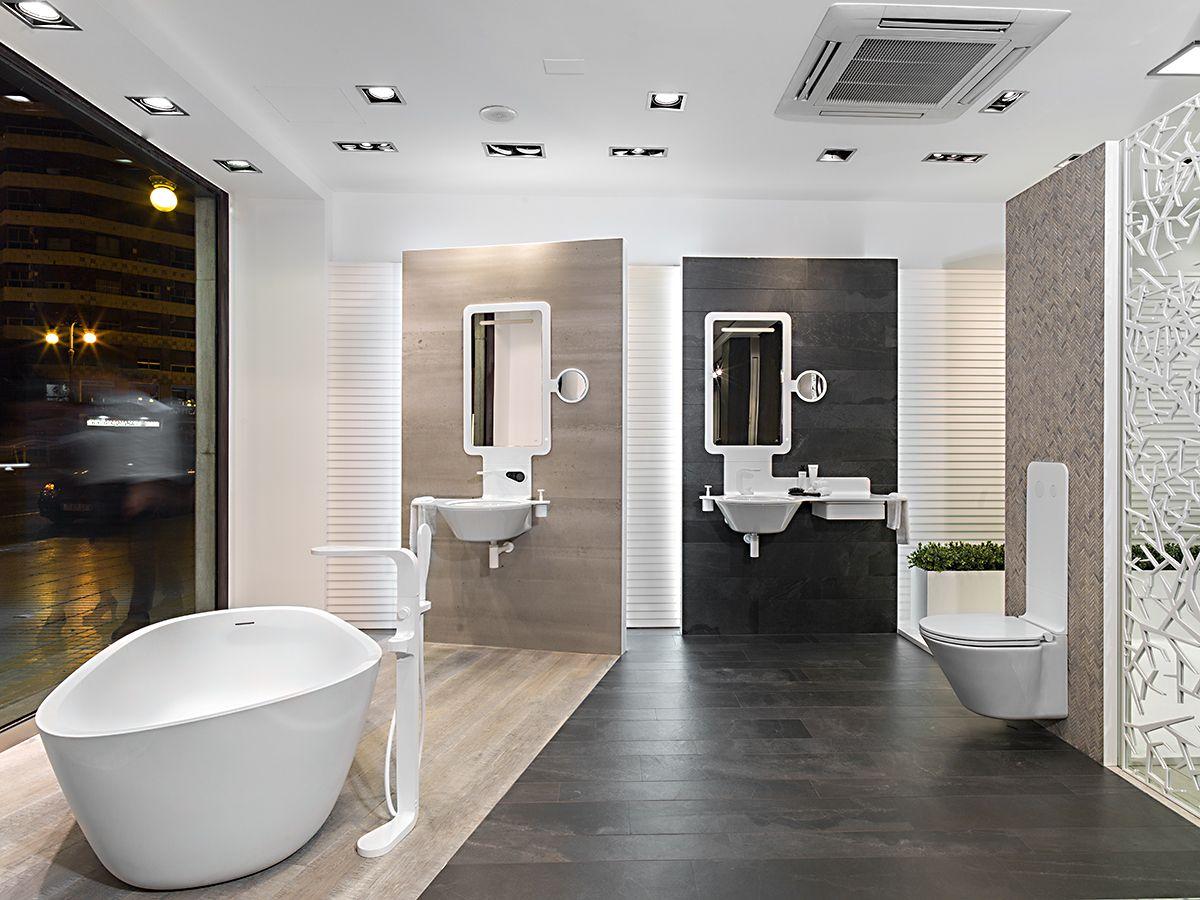 Enterview to carmen baselga c砖家 pinterest showroom bathroom