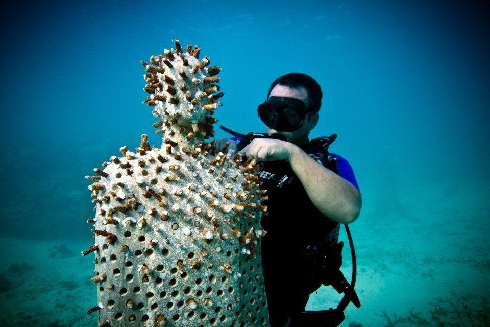 Resultado de imagen para Esculturas subacuáticas de Jason deCaires