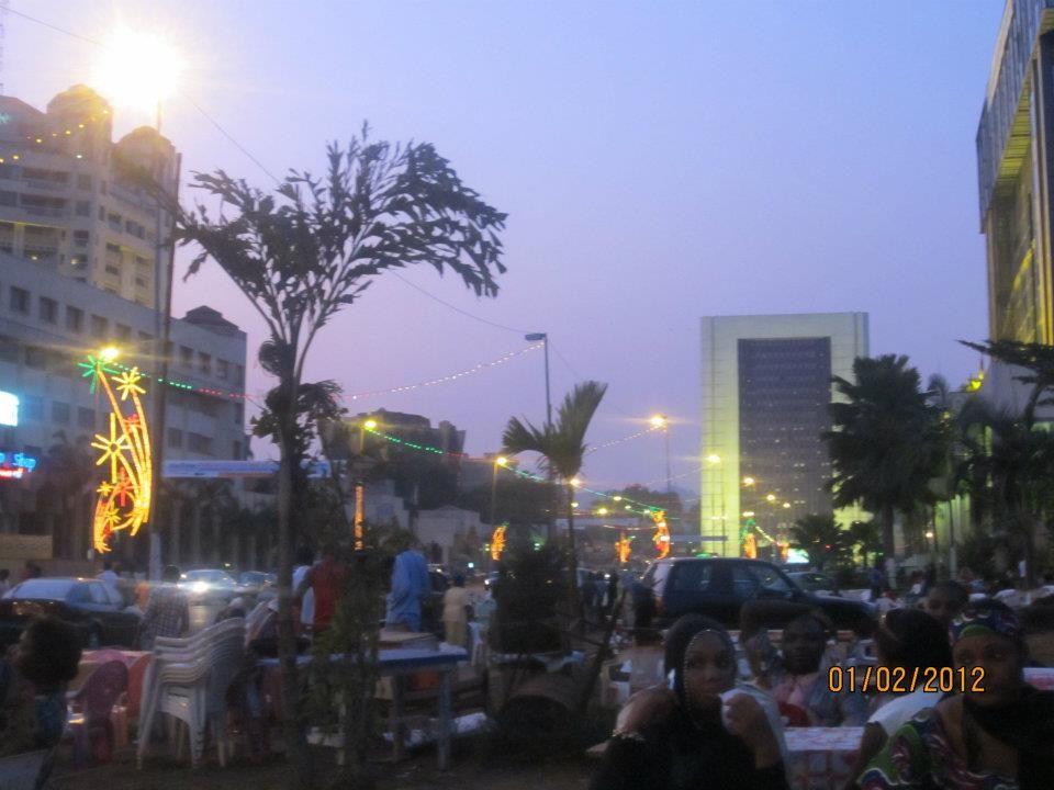Cautand feti? a Camerun